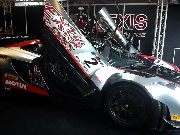 MacLaren F1 Stand Hexis