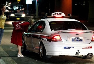 Taxi électroluminescent à Sydney (Australie)