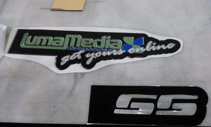 logo electroluminescent
